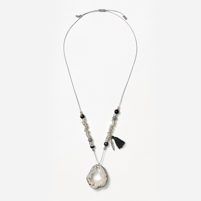 adjustable neckpiece with sliced agate