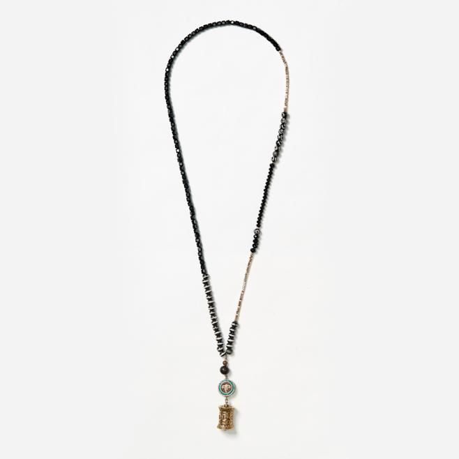 neckpiece with elephant and wheel beads
