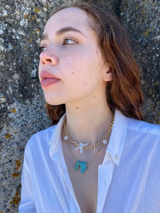 Bulky Chain Neckpiece with Pearl