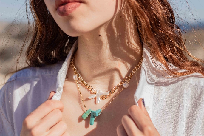 Chain Neckpiece with Turquoise and Pearls