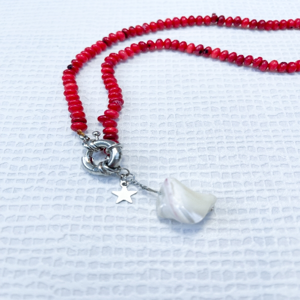 Red Bead Neckpiece with Hanging Pearl