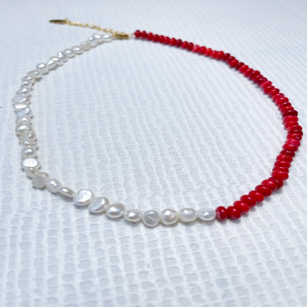 Divided Red Bead and Pearl Neckpiece