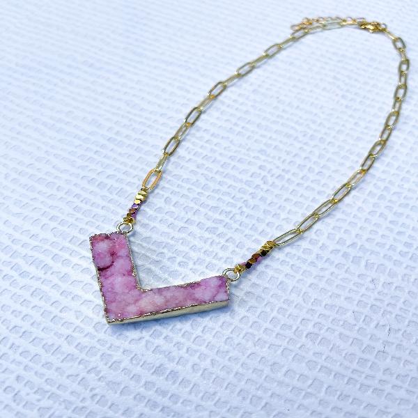 Chain Neckpiece with Pink Druzy Stone